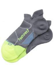 feetures-elite-light-no-show-running-socks-74b